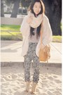 Coconut-boots-river-island-sweater-h-m-scarf-asos-bag-animal-print-h-m-p