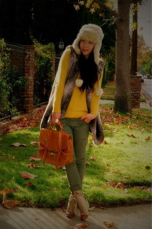 River Island hat - coconut boots - H&M sweater - asos bag - cargo Target pants