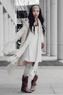 Joie-boots-zara-dress-oversized-sweater-vintage-accessories