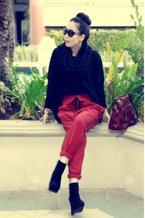 black asos sweater - Bamboo boots - H&M scarf - leather bag Prada bag