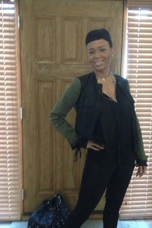 black Zara jacket - black skinny jeans American Eagle jeans - black Guess purse