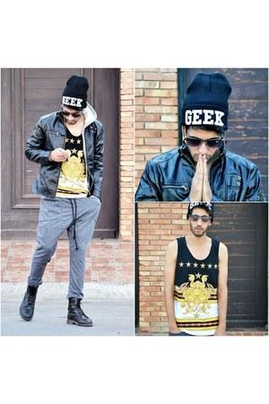 zipper BangGood jacket - black Dr Martens boots - black geek choiescom hat