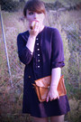 Navy-buttoned-h-m-blouse-dark-brown-golden-h-m-ring