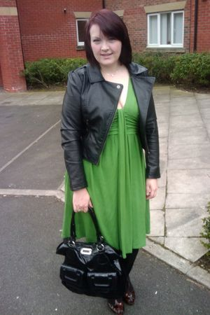 green Wallis dress - black H&M jacket - black Guess purse - brown Primark shoes