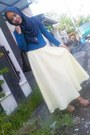 Blue-shirt-yellow-skirt-brown-heels