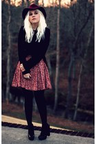 maroon Forever 21 dress - black vintage coat - maroon H&M hat