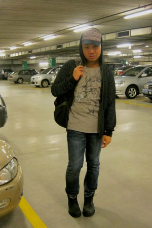 black Forever 21 hoodie - heather gray calvin klein t-shirt - blue Topman jeans