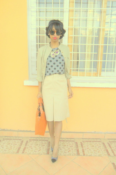 orange bag - beige skirt - silver Atmosphere cap toe heels