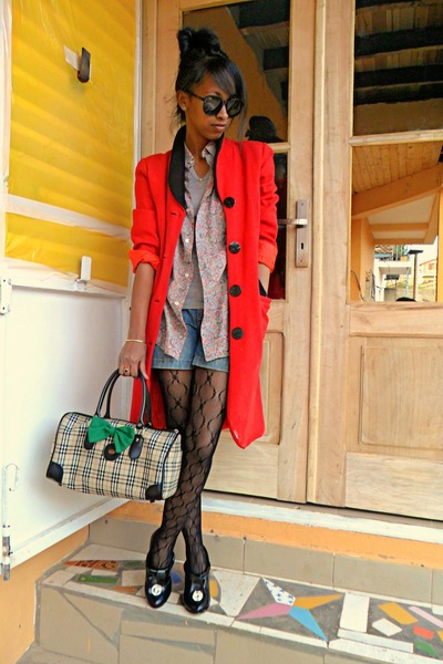 red J Brand coat - black XBX shoes - Baxter shirt - RayBan round sunglasses