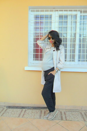 light brown leopard derbies shoes - black H&M loose fit pants