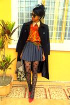 Topshop hearts print tights - black pourquoi pas coat - black hat - sweater