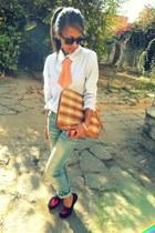 Boyfriend jeans pants - shirt shirt - plaid envelop bag - flats flats