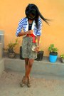 Beige-kaidaner-zebra-heels-golden-purse-beige-paradise-snake-print-skirt
