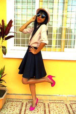 hot pink heels - light pink hat - light pink shirt - H&M sunglasses
