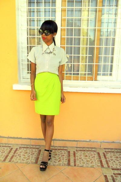 chartreuse skirt - black platform wedges
