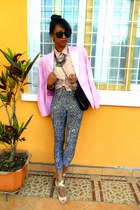 leopard leggings - light pink vintage blazer - peach knotted shirt