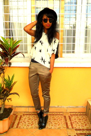 white H&M blouse - Raxmax boots - black H&M hat - H&M sunglasses