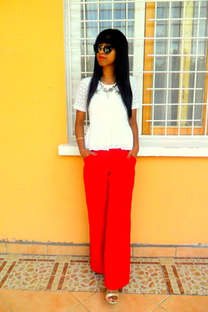 white Peplum top - red pants