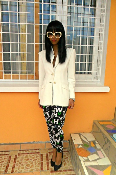 printed pants - white Printemps blazer - black court heels