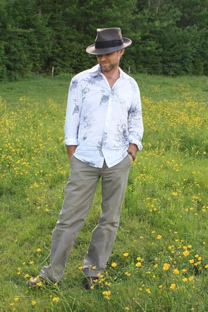 white H&M shirt - green La Redoute pants - gray hat
