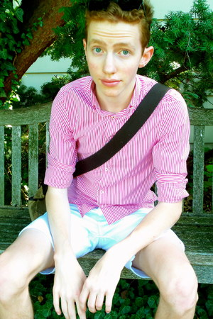 bubble gum striped H&M shirt - navy sperry shoes - white asos shorts