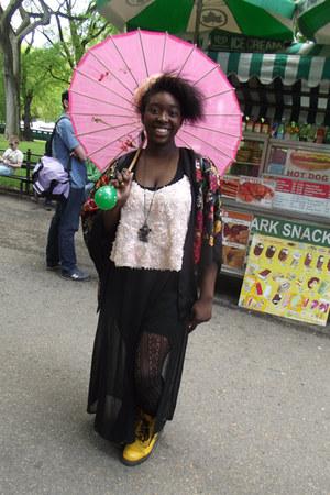 light pink crop top Topshop top - black kimono top H&M cape