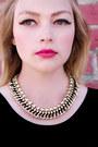 Haute1-necklace