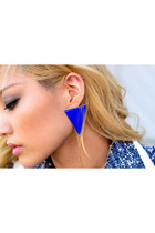 Haute1 earrings
