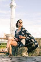 Sheinside top - modcloth shorts - quay sunglasses