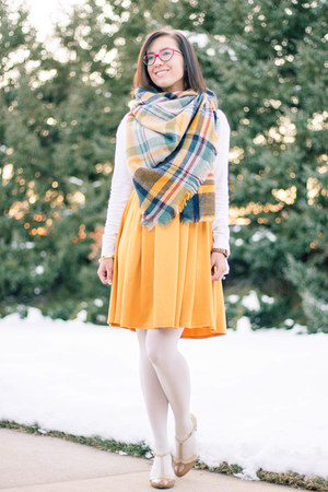 modcloth scarf - modcloth dress - modcloth heels