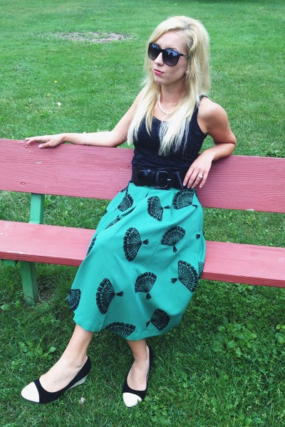 green fan Tatyana Boutique skirt - black ModClothcom wedges