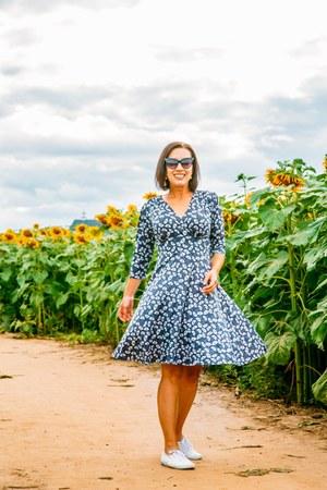 Karina Dresses dress