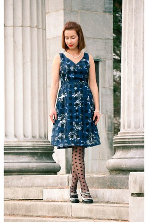 Lilee Fashion dress - polka dot asos tights