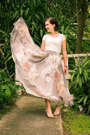 floral print StyleWe skirt - t strap modcloth heels