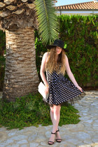 black Punkyfish dress - black H&M hat - white vintage bag - black Zara sandals