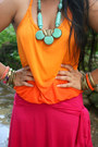 Hot-pink-dress-aquamarine-street-vendor-necklace-carrot-orange-ombre-top