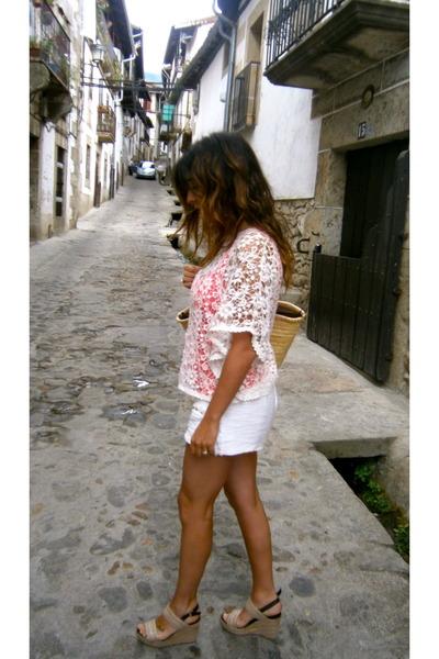 Zara shirt - Zara shorts - Marisa Rey sandals