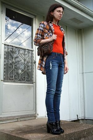 orange derek heart shirt - orange Arizona Jeans Co t-shirt - blue Mudd jeans - b