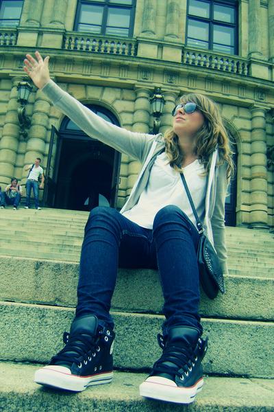 sneakers - jeans - bag - sunglasses - top - sweatshirt