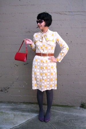 vintage dress - Louis Vuitton purse - Nine West shoes - banana republic belt - M