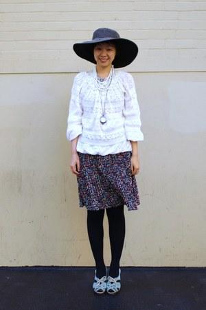 black san diego hat co hat - lace top - gold CHIC SHOP necklace - aquamarine Chi