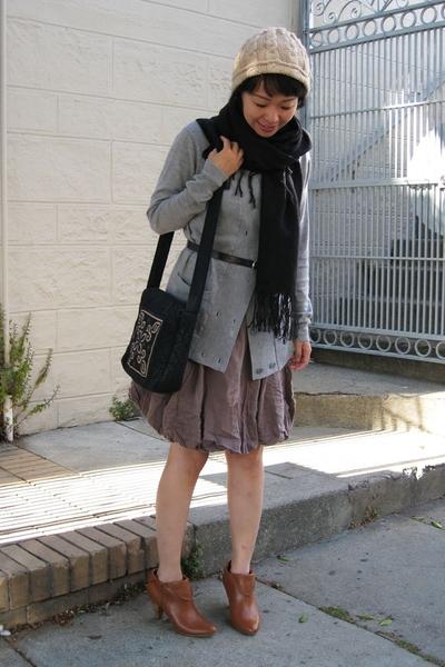 Zabriskie shoes - BCBG top - scarf - skirt