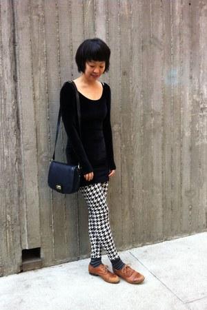 brown oxford American Apparel shoes - black velvet American Apparel dress
