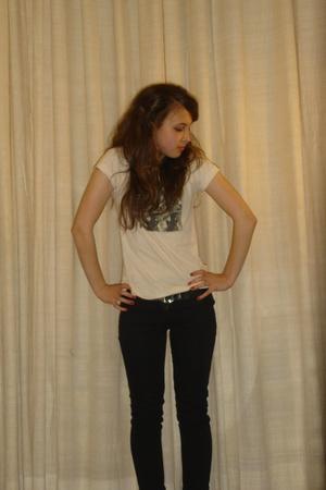 Lux t-shirt - Topshop jeans - vintage belt