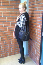black Din Sko shoes - black GINA TRICOT vest - black GINA TRICOT - red H&M scarf