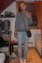 Wrangler jeans - Bik Bok sweater - vintage purse