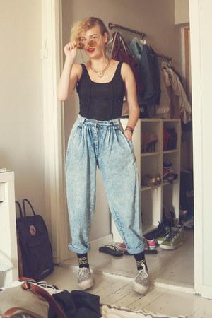 sky blue vintage jeans - black Monki socks - black Bershka bodysuit