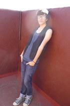 Converse sneakers - Zara jeans - pull&bear t-shirt - Zara vest