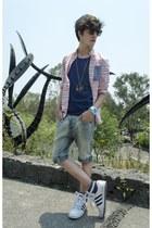 H&M shorts - H&M Kids shirt - ray-ban sunglasses - Adidas sneakers