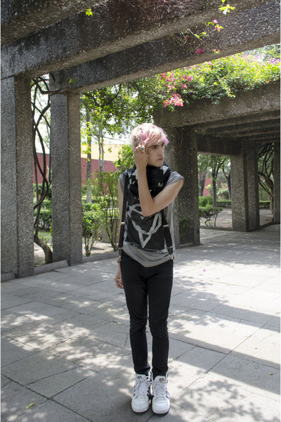 H&M scarf - asos jeans - H&M t-shirt - Adidas sneakers - H&M ring